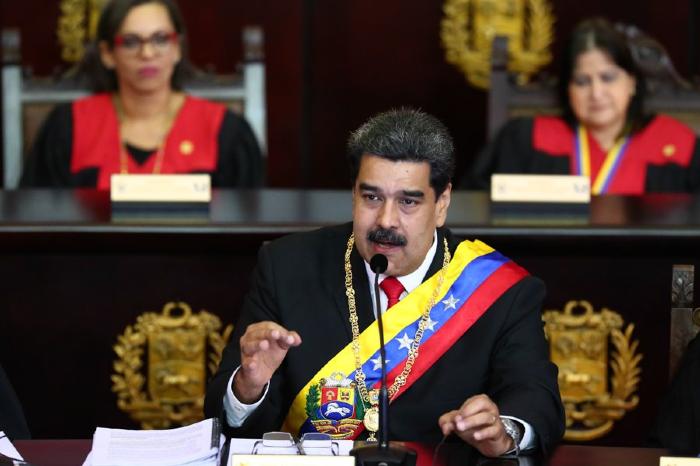 Maduro anuncia retiro
