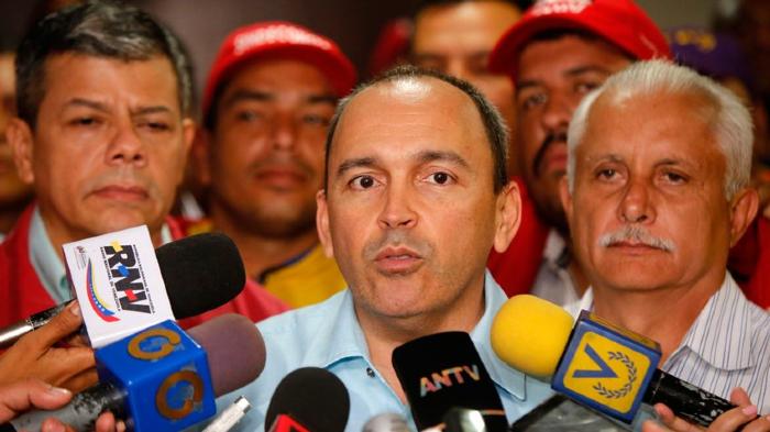 Francisco-Torrealba-asegura-que-el-salario-mínimo-subió-a-40-mil-bolívares